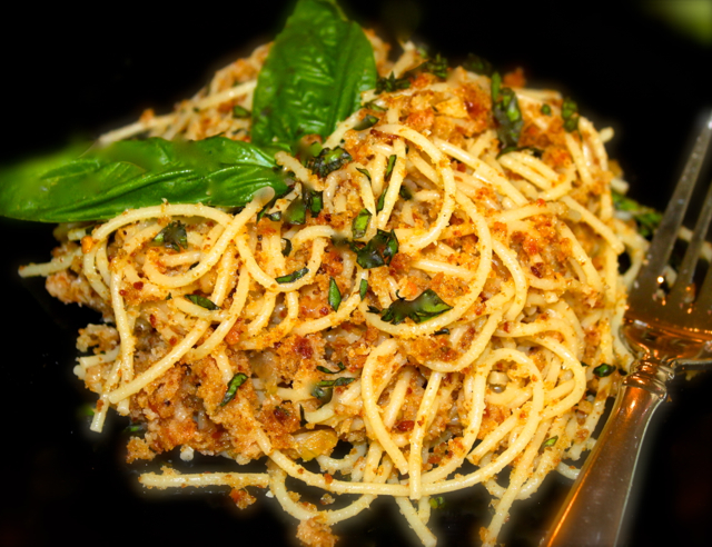 Spaghetti with Toasted Garlic Breadcrumbs