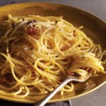Authentic Spaghetti alla Carbonara, a Roman Pasta Tradition!