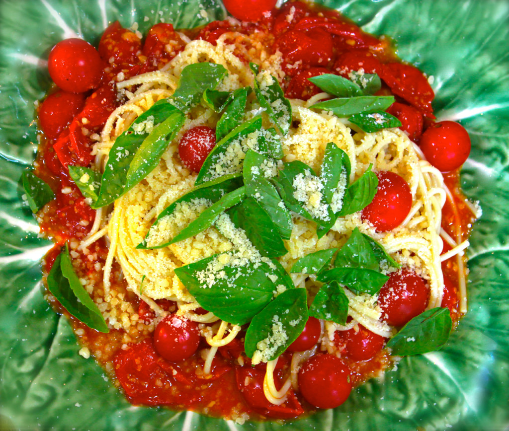 Pasta with Roasted Tomatoes, Garlic and Basil - La Bella Vita Cucina
