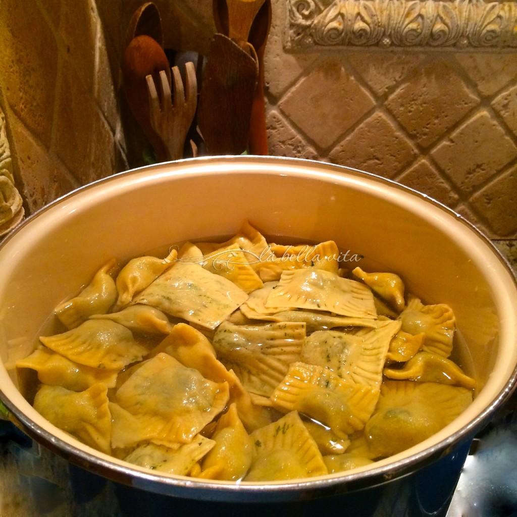 How to make Hand-Made Home-made Italian Ravioli