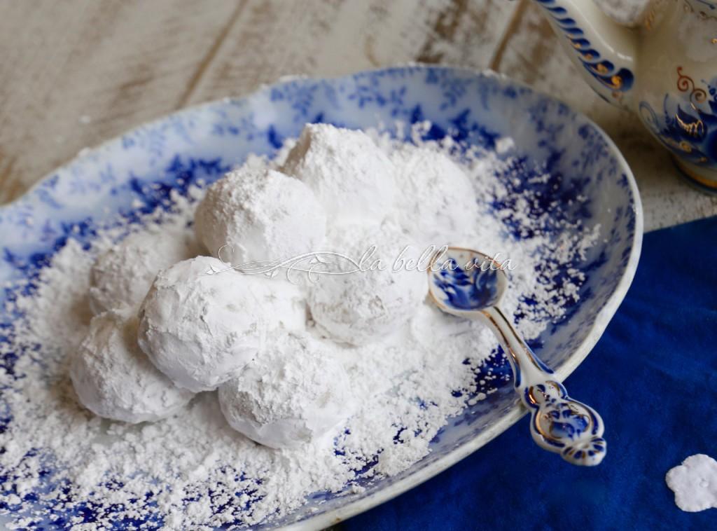 Greek Wedding Cookies Kourabiethes Kourabiedes Sundaysupper