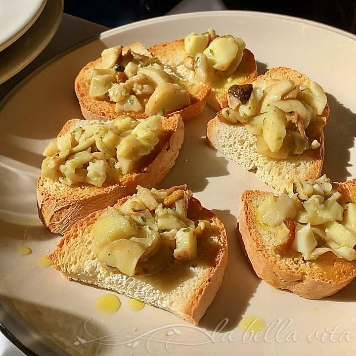 Crostini Funghi